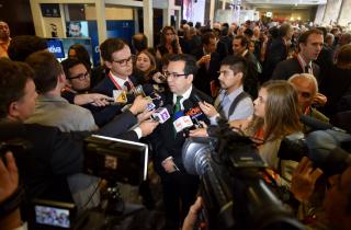 El Ministro de Economía, Fomento y Turismo, Luis Felipe Céspedes, asiste a la sesión de apertura del encuentro empresarial ENADE 2016, organizado por Icare. Ocasión en la que la Presidenta de la República, Michelle Bachelet, realizará la conferencia inaugural.