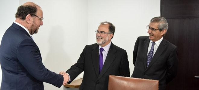 El Ministro de Economía, Fomento y Turismo, Jorge Rodríguez, se reúne con el Presidente de la Confederación de la Producción y del Comercio (CPC), Alfredo Moreno.