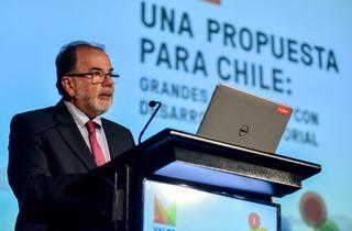 """El Ministro de Economía, Fomento y Turismo, Jorge Rodríguez asiste al seminario """"Una propuesta para Chile: Grandes proyectos con desarrollo territorial"""", organizado por Valor Minero."""