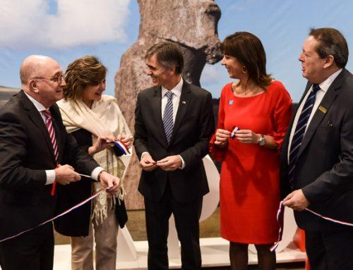 Ministro Valente destaca potencial del turismo en Chile en 11ª versión de FIEXPO