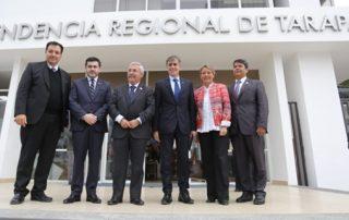 Ministro Valente dialoga con pymes, pescadores artesanales y empresarios de Iquique