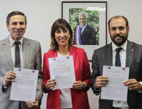 Ministerio de Economía firma convenio con Embajada de Brasil en Chile