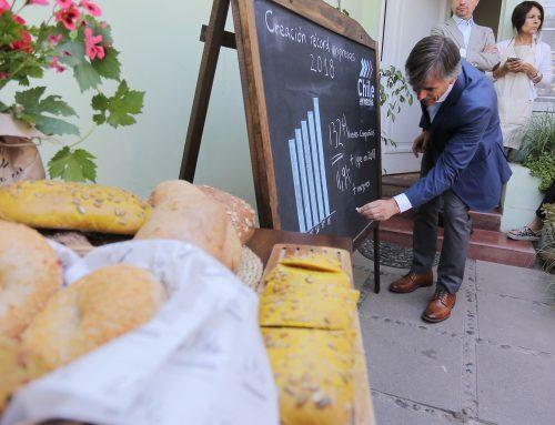 """Ministro Valente y cifra récord de creación de empresas: """"Necesitamos aumentar este registro para cumplir nuestra meta de crecimiento"""""""