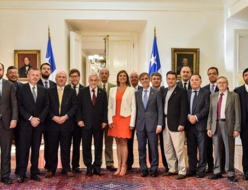 Presidente Piñera y ministro Valente se reúnen con gremios regionales para socializar beneficios de Modernización Tributaria