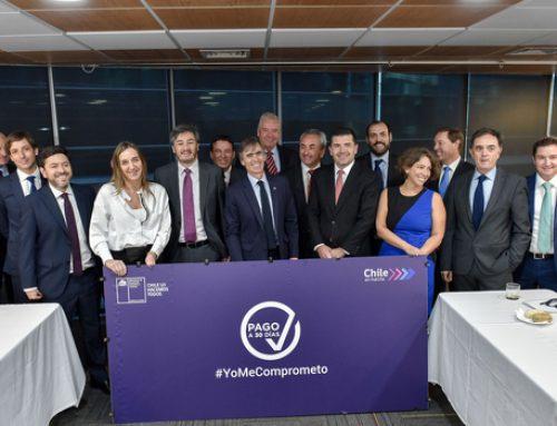 Ministro Valente se reúne con importantes empresas para abordar alcances de Ley de Pago a 30 Días