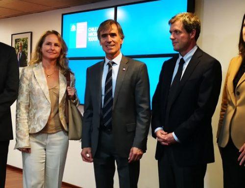 Ministro Valente presenta a los integrantes del Consejo Estadístico Asesor del INE