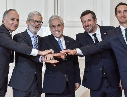 """Ministro Juan Andrés Fontaine: """"Vamos a empujar una nueva etapa de relanzamiento de nuestra economía"""""""
