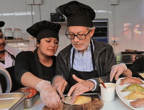 """Cueca brava, gastronomía y talleres para niños marcaron el primer festival """"sabor y arte"""" del Barrio Franklin"""