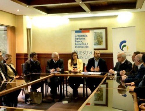 Subsecretaría de Economía firma acuerdo de colaboración con gremios de la región de Los Ríos
