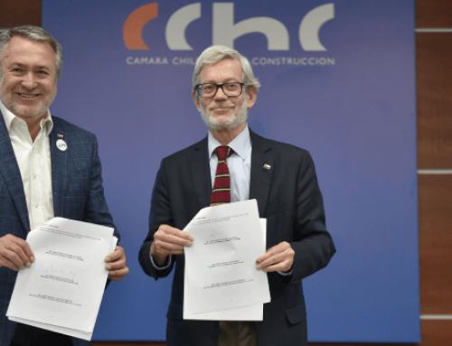 Ministro Fontaine firma convenio con Intendencia y gremios para impulsar el desarrollo productivo en la Araucanía