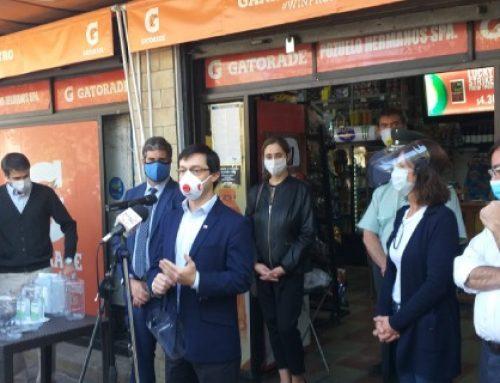 Subsecretario de Economía valora donación de escudos faciales a miles de almacenes de barrio
